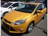 2012 Yellow Blaze Tricoat Metallic Ford Focus SE 5-Door #68469435