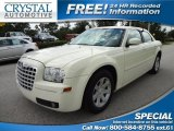 2005 Cool Vanilla Chrysler 300 Touring #68579588