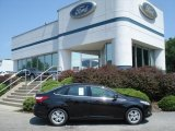 2012 Tuxedo Black Metallic Ford Focus SEL Sedan #68707317