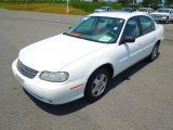 2004 Summit White Chevrolet Classic  #68772191