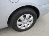 Hyundai Entourage Wheels and Tires