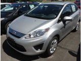 Ford Fiesta 2013 Data, Info and Specs