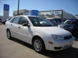 2005 Cloud 9 White Ford Focus ZX4 SE Sedan #6900609