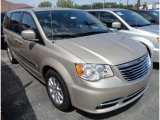 2013 Chrysler Town & Country Cashmere Pearl