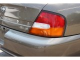 Nissan Altima 1998 Badges and Logos