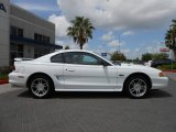 1997 Ford Mustang Crystal White
