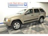 2006 Light Khaki Metallic Jeep Grand Cherokee Laredo #69792182