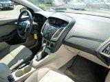 2012 Ford Focus SE Sedan Dashboard