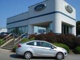 2013 Ingot Silver Ford Fiesta SE Sedan #69841094
