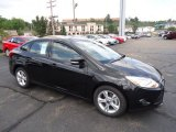 2013 Tuxedo Black Ford Focus SE Sedan #70081146