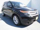 2013 Tuxedo Black Metallic Ford Explorer XLT #70081314