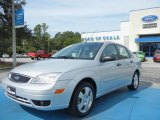 2005 CD Silver Metallic Ford Focus ZX4 SES Sedan #70132907