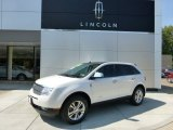 2010 White Platinum Tri-Coat Lincoln MKX AWD #70133081