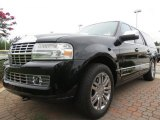 2007 Lincoln Navigator L Luxury Front 3/4 View