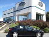 2013 Tuxedo Black Ford Focus SE Hatchback #70617682