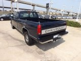 1996 Chevrolet C/K 2500 C2500 Extended Cab Data, Info and Specs