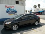 2013 Tuxedo Black Ford Focus SE Sedan #71434538