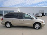 2003 Light Almond Pearl Chrysler Town & Country EX #71531289