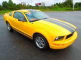 2005 Ford Mustang V6 Premium Coupe Front 3/4 View