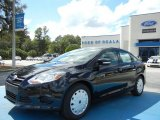 2013 Tuxedo Black Ford Focus SE Sedan #71744615
