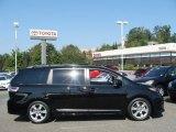 2012 Black Toyota Sienna SE #71744996