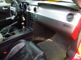2006 Ford Mustang Saleen S281 Coupe Dashboard
