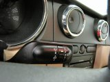 2005 Ford Mustang V6 Premium Coupe Controls