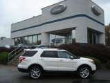 2013 White Platinum Tri-Coat Ford Explorer Limited 4WD #71979667