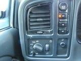 2004 Chevrolet Silverado 1500 LS Extended Cab 4x4 Controls