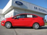2013 Race Red Ford Fiesta SE Sedan #72705816