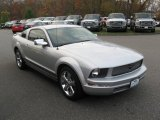 2007 Satin Silver Metallic Ford Mustang V6 Deluxe Coupe #72860533