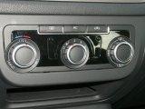 2011 Volkswagen Tiguan S 4Motion Controls