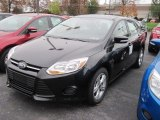 2013 Tuxedo Black Ford Focus SE Sedan #73233598