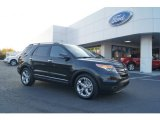 2013 Tuxedo Black Metallic Ford Explorer Limited #73233344