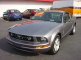 2007 Tungsten Grey Metallic Ford Mustang V6 Deluxe Coupe #73581777