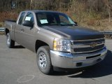 2013 Chevrolet Silverado 1500 LS Extended Cab 4x4 Front 3/4 View