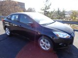 2013 Tuxedo Black Ford Focus SE Sedan #73680801