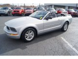 2006 Ford Mustang V6 Deluxe Convertible Front 3/4 View