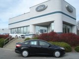 2013 Tuxedo Black Ford Focus SE Sedan #73750502