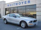 2005 Satin Silver Metallic Ford Mustang V6 Deluxe Coupe #74039939