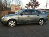 2005 Ford Focus ZX4 SES Sedan
