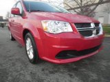 2013 Redline 2 Coat Pearl Dodge Grand Caravan SXT #74308348