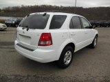 2005 Kia Sorento Clear White