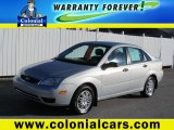 2005 CD Silver Metallic Ford Focus ZX4 SE Sedan #74732914
