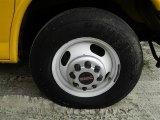 GMC Savana Cutaway 2009 Wheels and Tires