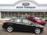 2013 Tuxedo Black Ford Focus SE Sedan #75021283
