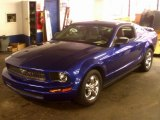 2005 Sonic Blue Metallic Ford Mustang V6 Premium Coupe #75021256