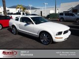 2005 Performance White Ford Mustang V6 Deluxe Coupe #75612073