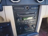 2005 Ford Mustang V6 Deluxe Coupe Controls