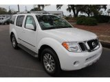 Nissan Pathfinder 2012 Data, Info and Specs